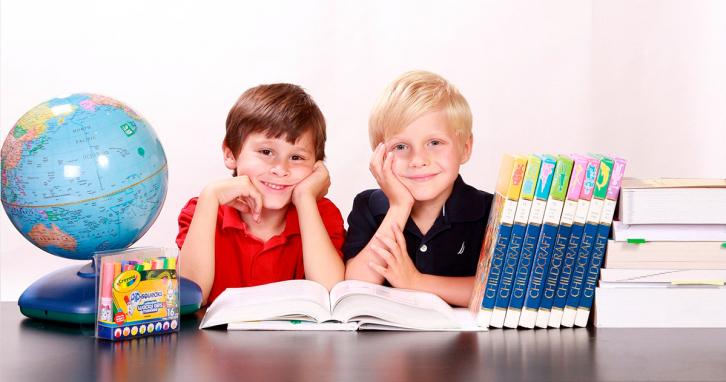 Українські зірки відвели дітей до школи 1 вересня